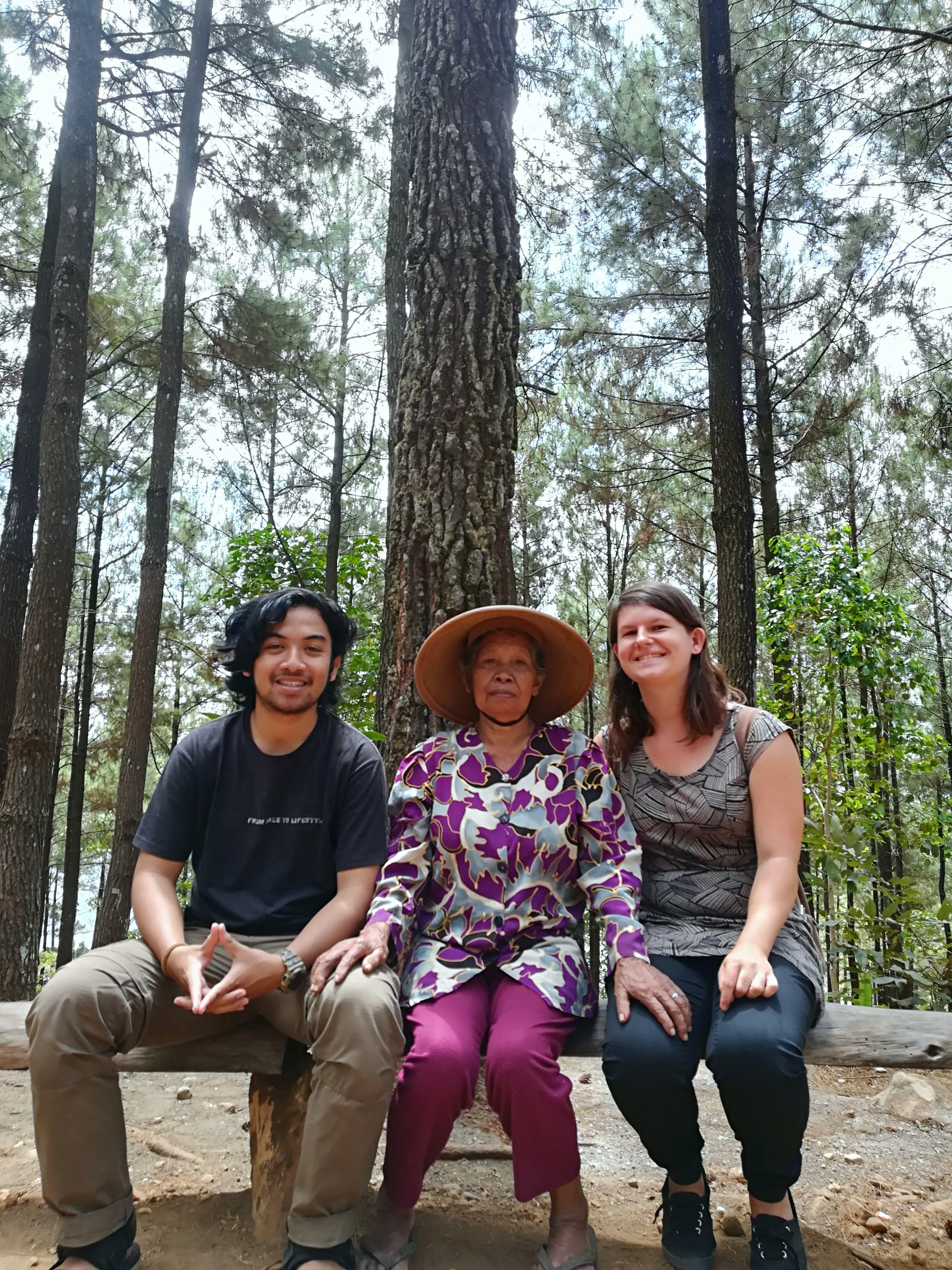 The ecotourism team 2018.jpg
